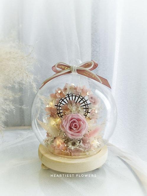 Ferris Wheel - Preserved Flower Arrangement