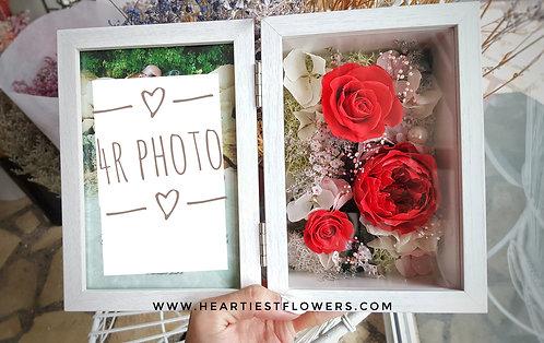 4R Wooden Frame Preserved Flower - Red