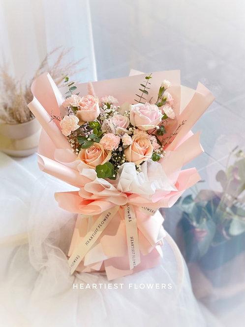 Dreamy Holiday - Fresh Flowers