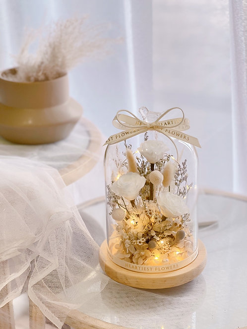 Naturally Snowy - Preserved Rose Arrangement
