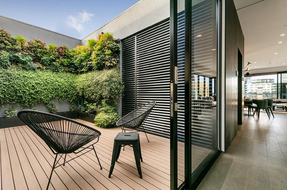 Claremont-Penthouse-013.jpg