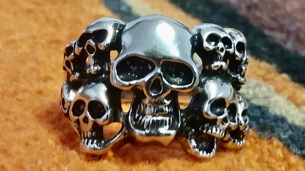 Multi-Skull Ring