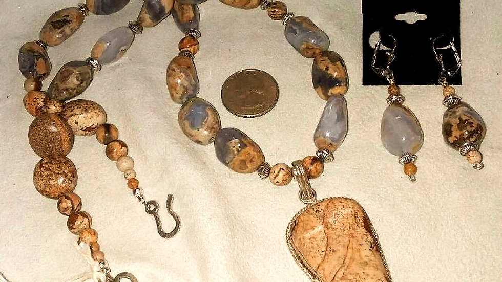 Chalcedony Necklace/Earrings Set