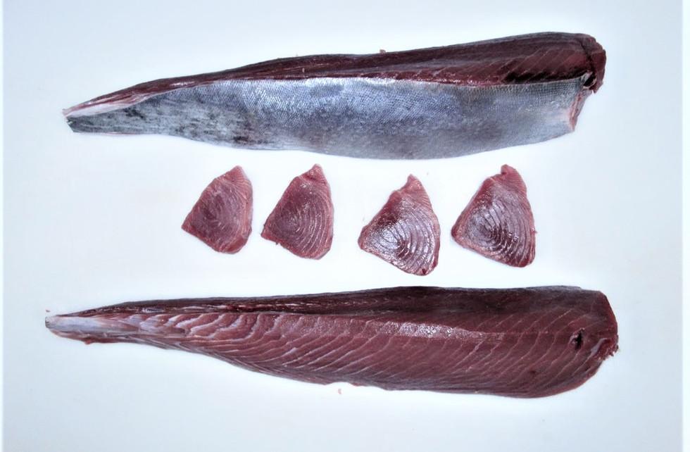 Yellowfin Tuna Steak, Loin skin on & Skin off