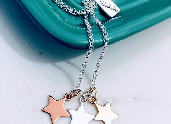 Keep your eyes on the Stars Necklace