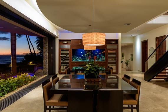 9,000 S.F. oceanfront estate - Maui