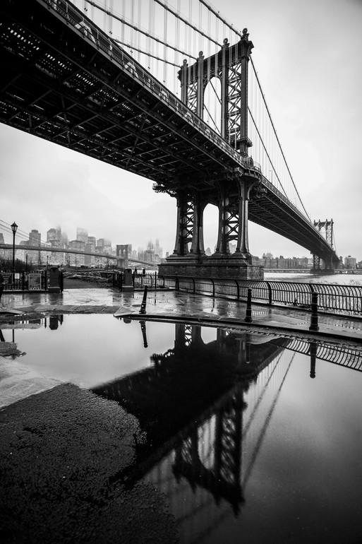 Yale Gurney, The Manhattan Reflects, 2010