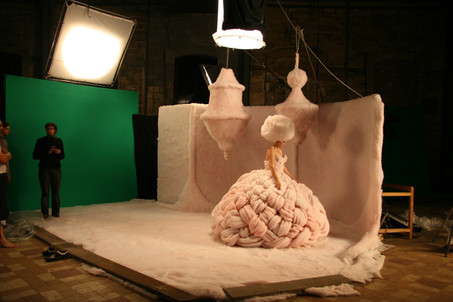 Lolly Jane Blue - White Swan - behind the scenes - shoot