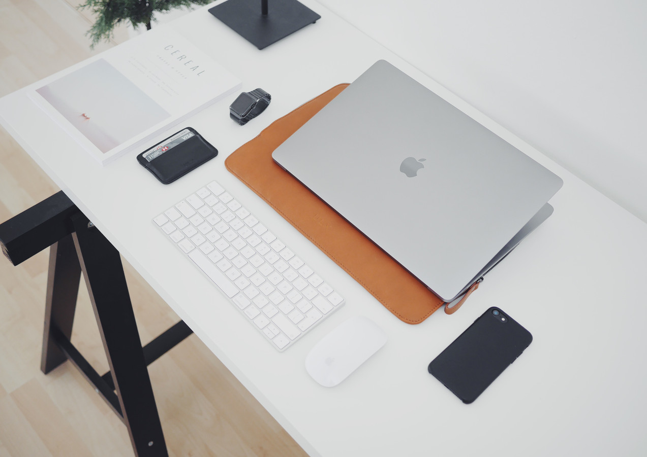 Home_Office_Tischbeine.jpg