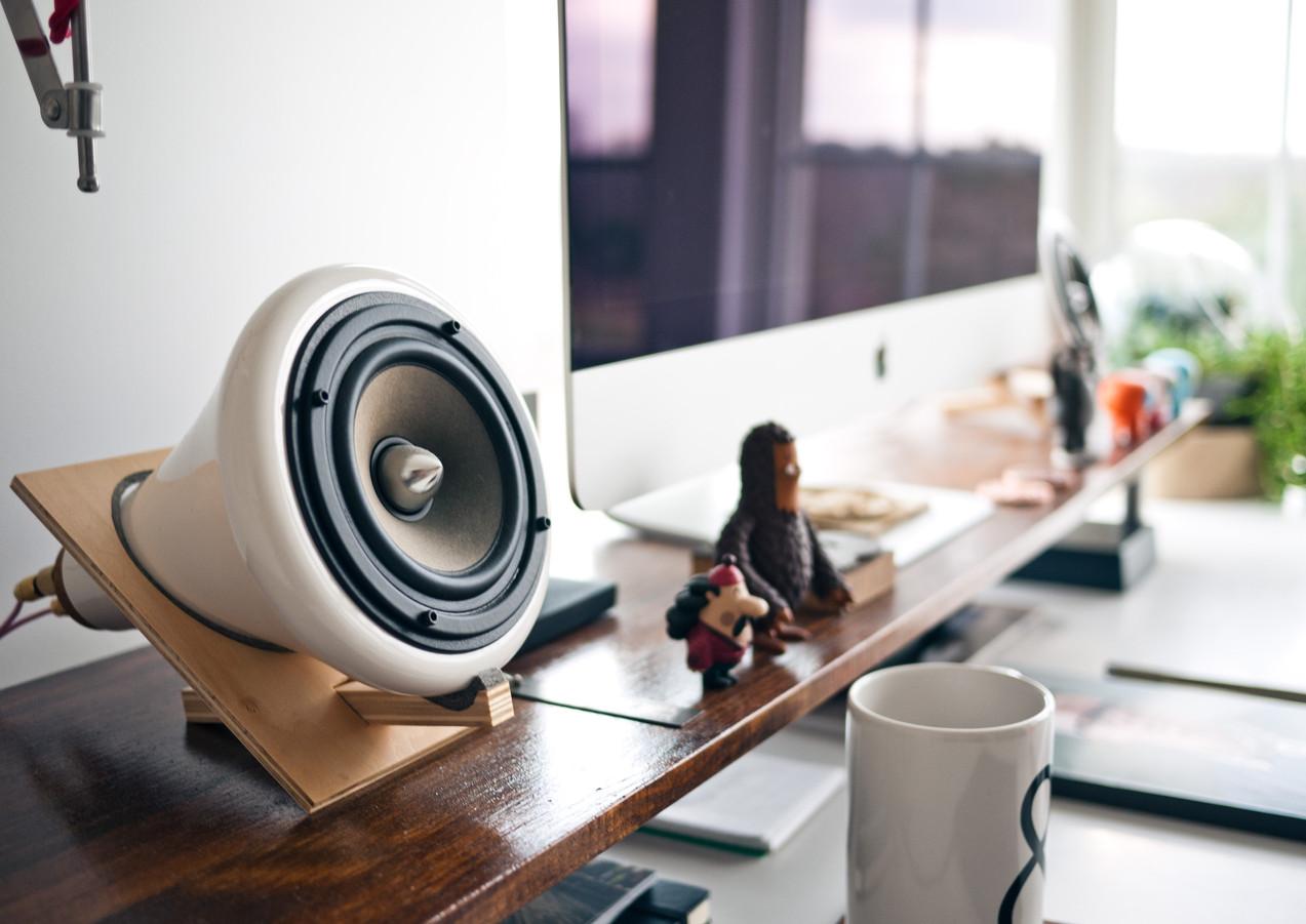 Home_Office_Bachelor_Pad.jpg