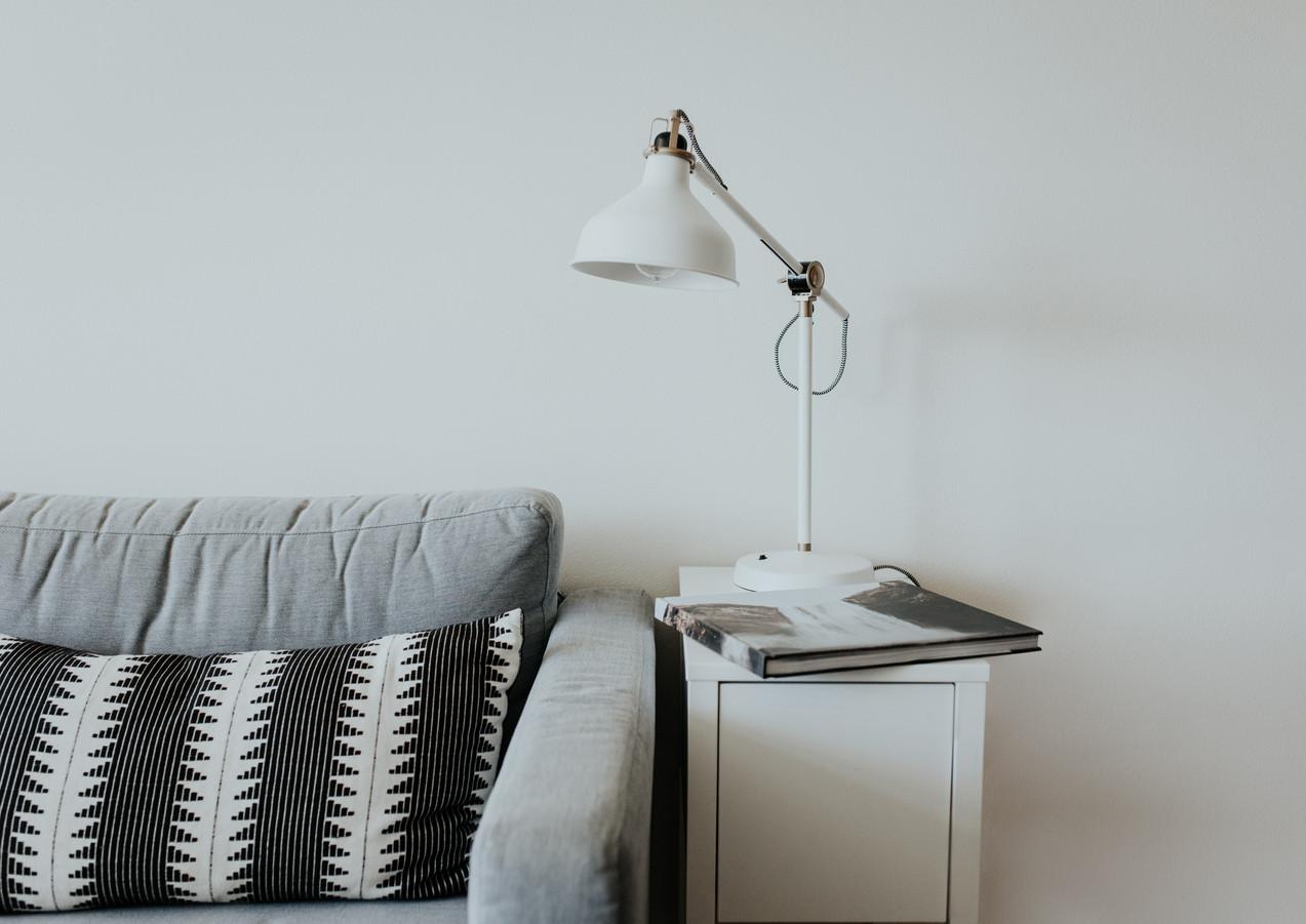 Wohnzimmer_Minimalistisch_Weiß.jpg