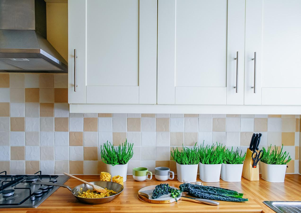 Küche_Essenszubereitung_grün.jpg
