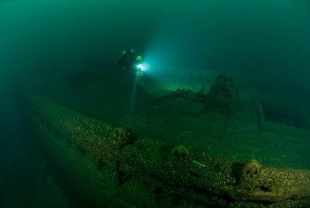 straits-of-mackinac-shipwreck-preserve-w