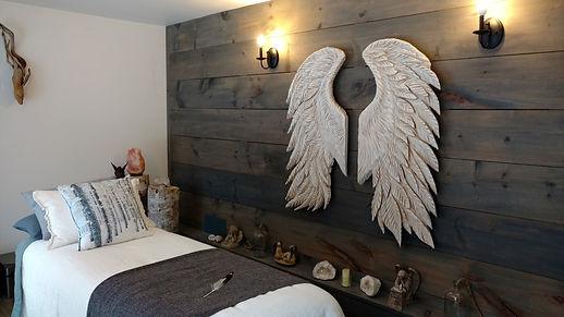 angelroom.jpg