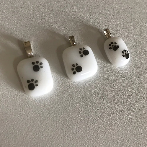 Pawprint pendants with chain