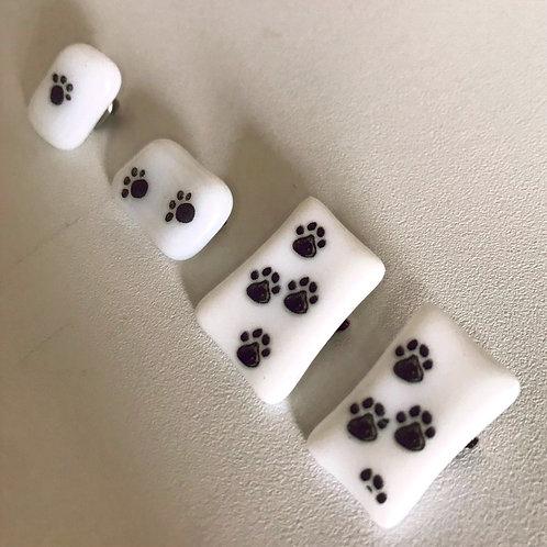 Pawprint badges