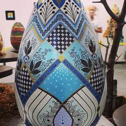 Tumura Turismo e Eventos conferiu a arte das pinturas em ovos na Osterfest de Pomerode 2018