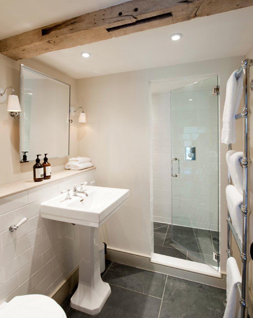 Old+Room+Shower.jpg
