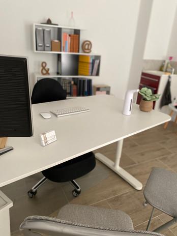 Espace bureau afin d'effectuer un entretien