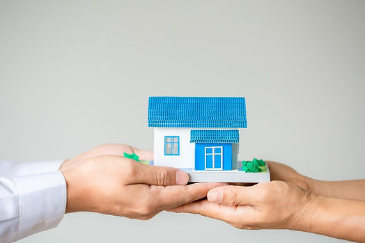 real-estate-broker-agent-presenting-cons