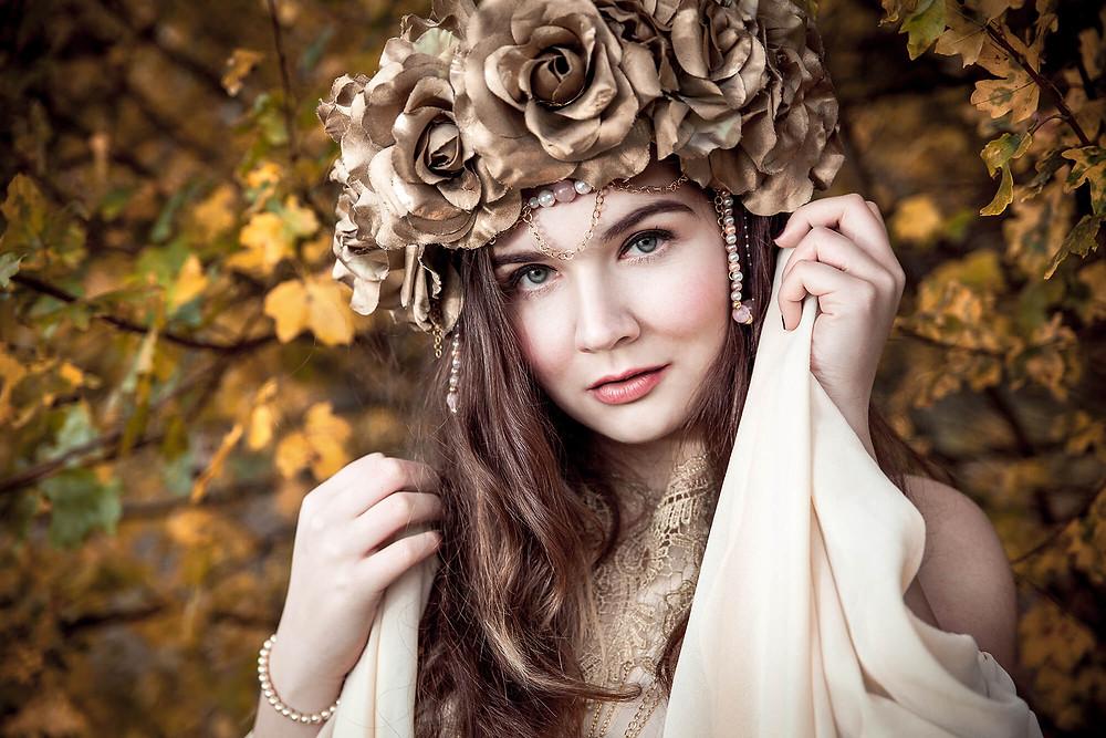 Portret królowej Jesieni, magiczna sesja zdjęciowa Poznań