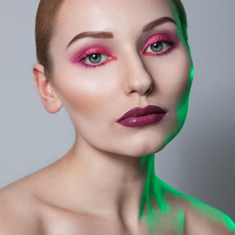 sesja-beauty-rozowy-makijaz-Justyna-03.j