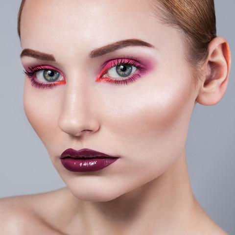sesja-beauty-rozowy-makijaz-Justyna-05.j