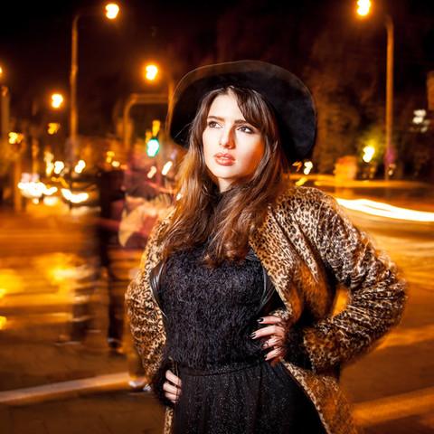 sesja-street-fashion-noc-Poznan-Martyna-