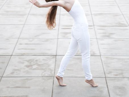 Taneczny wschód słońca – Marika