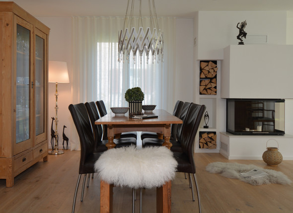 Dining Room Table Wood Black Chair Chandelier