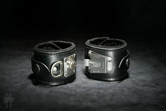 Onyx Slide-Lock Cuffs