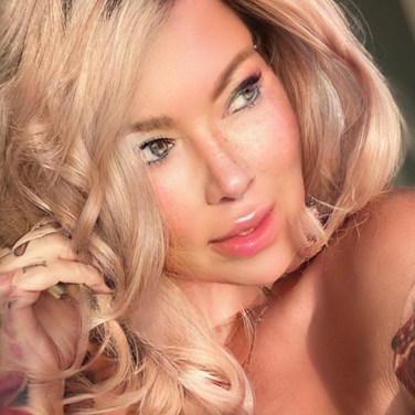 JENNA JAMESON (CELEBRITY, TV STAR & BEST-SELLING AUTHOR)