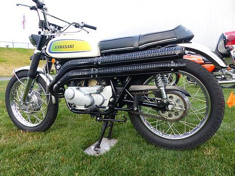 1971 Kawasaki A7 left.JPG