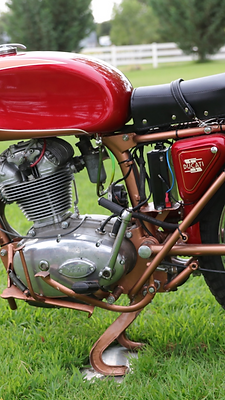 1960%2520Ducati%2520175ss%2520left_edited_edited.png