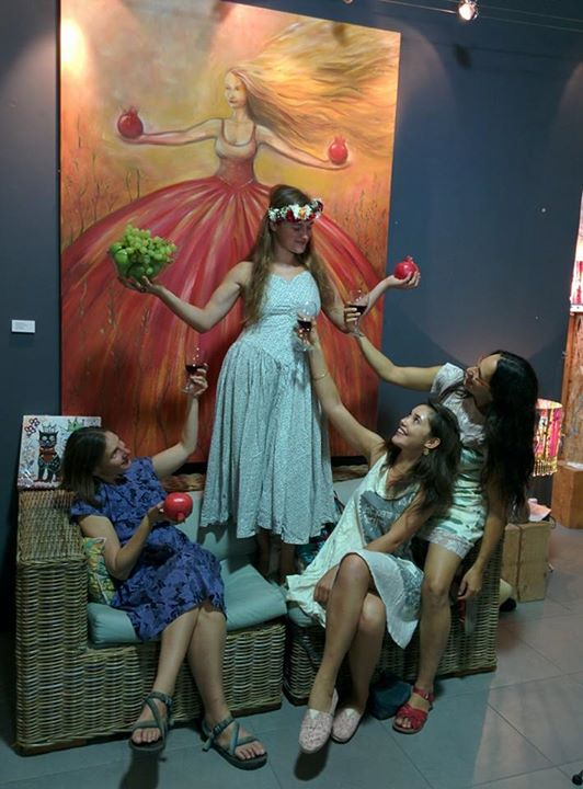 התערוכה של דינה ארגוב בסוכה בבנימינה. פתוח עד ה7.10