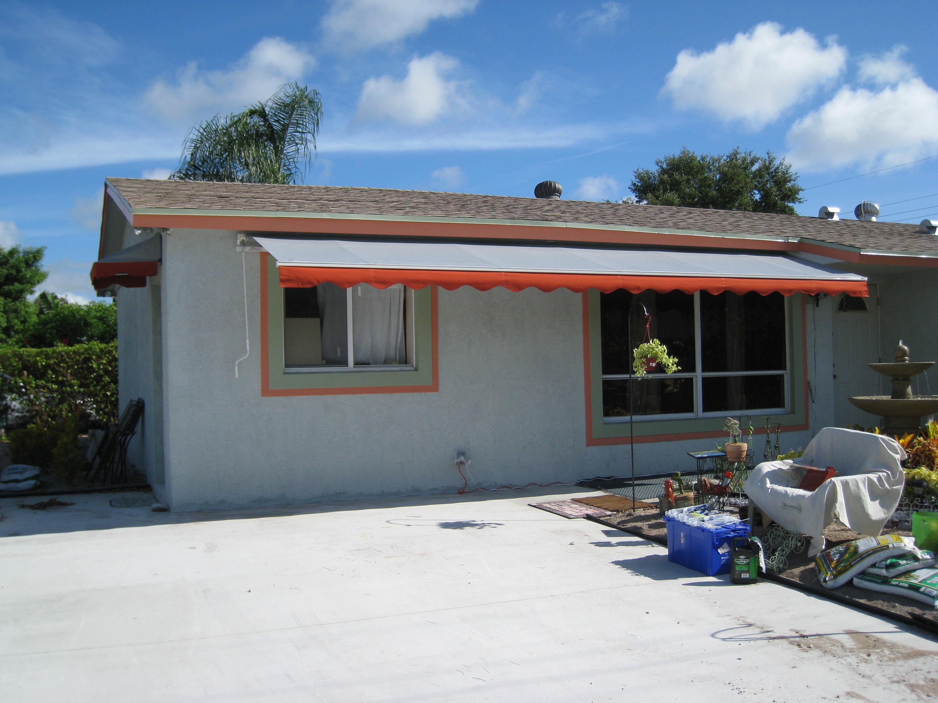 Oct. 2008 awnings  Key West 068.JPG