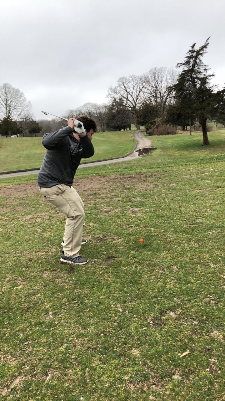 Co-ed Golf Team Looking For Big Things This Year