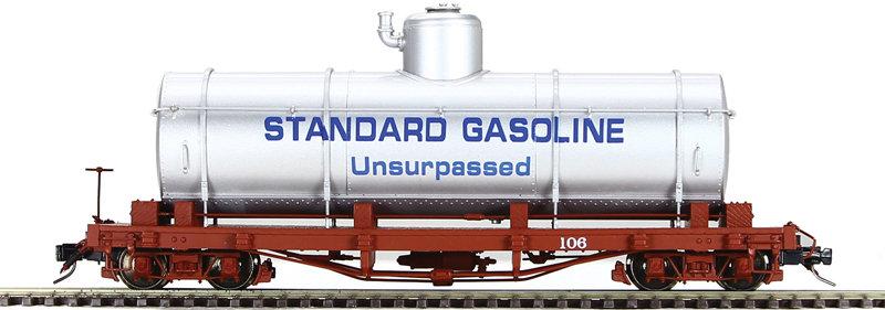 AM52-0443X On3 Tank Car - Standard Oil Co., Silver, 1 car