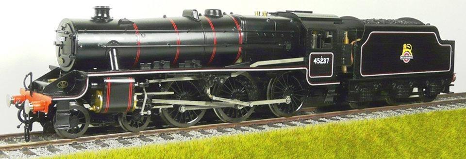 E32-6 BR (EX LMS) Black 5 4-6-0 #45080 - BR Black w/ Early Emblem, Electric
