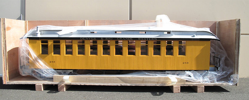 T760-13 Ride-on Coach - Bumble Bee Yellow