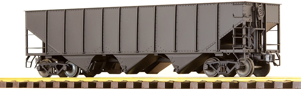 AM32-606X 3-Bay Hopper w/o End Scatter Shields, Plain Black