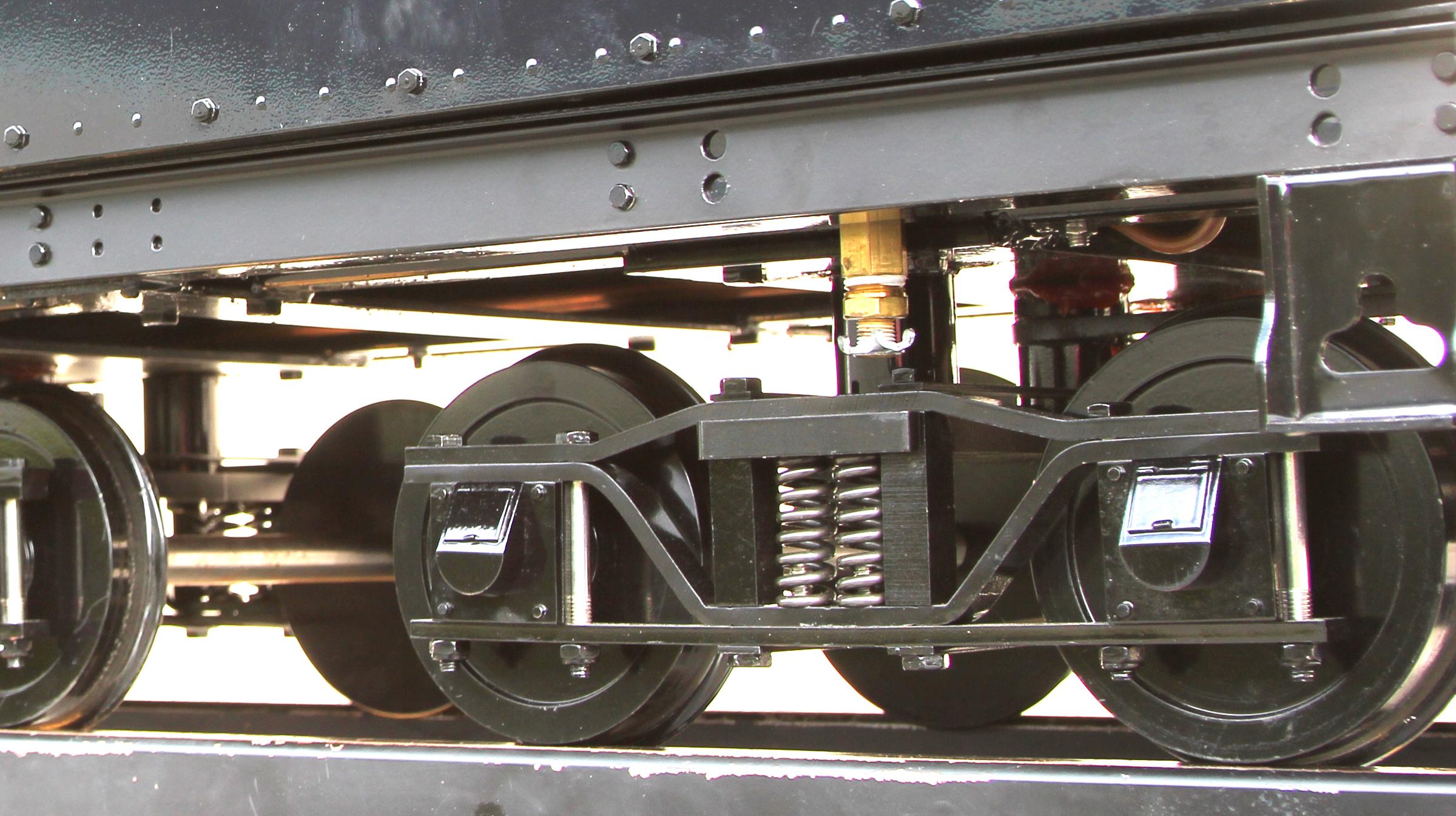 T795-01-D9L