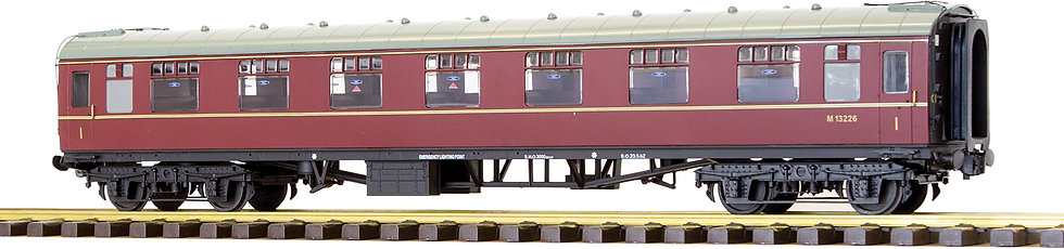 R32-13AB BR MK1 First Corridor (FK) - Maroon #E13113