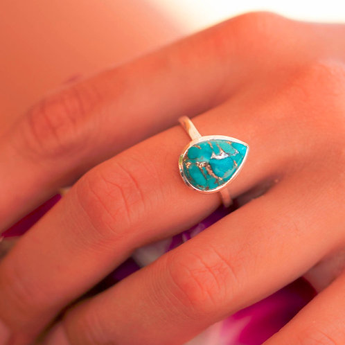 TURQUOISE PEAR STERLING RING