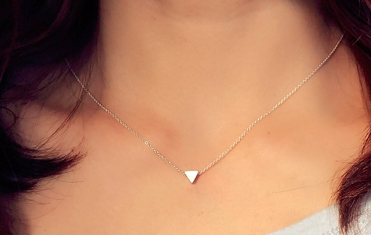 14K SOLID GOLD TRIANGLE NECKLACE