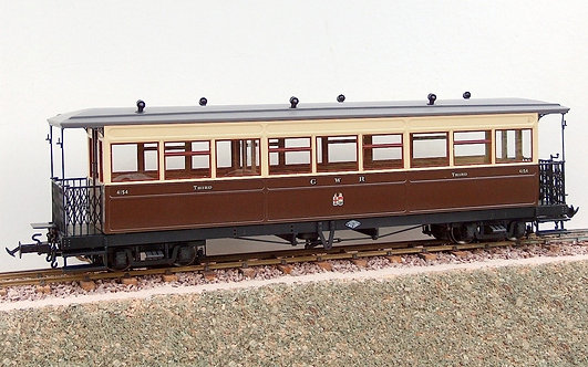R19-13 W&L Saloon Coach - Chocolate & Cream #4154, 1 car
