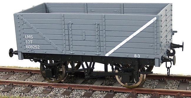 R32-1DX Plank Wagon - LMS Grey, 1 car