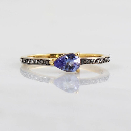 TANZANITE PEAR DIAMOND RING