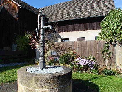 Brunnen_Schmeilsdorf.jpg