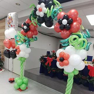 custom balloon arches in detroit.jpg